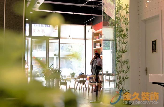广州办公室装修风格效果图